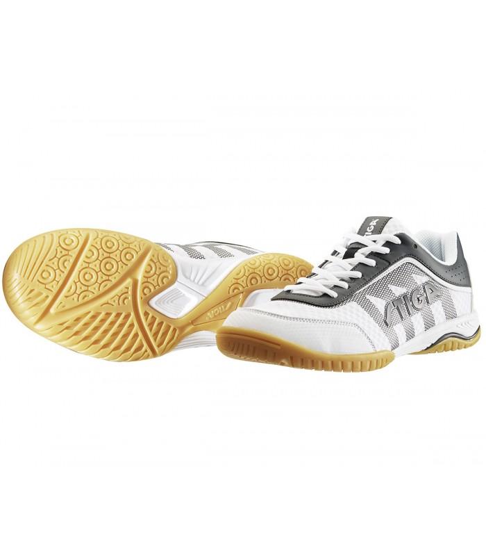 Chaussures de tennis de table |